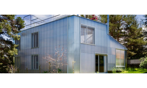 Polycarbonate House Walls
