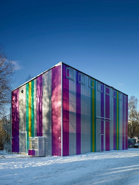 Polycarbonate Colorful Wall
